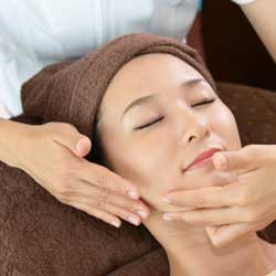 CURSO MASAJE FACIAL: LIFTING FACIAL JAPONÉS